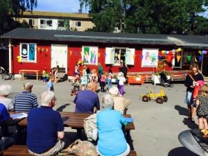 Vi bjöd in PRO Bagis som gladeligen kom och sällskapade oss under hela Sommarfesten.